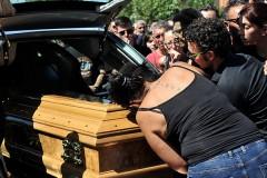 Скорбящие родственники не досчитались органов у мертвеца и сожгли три дома