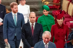 Меган Маркл позавидовала жене принца Уильяма из-за поддержки дворца